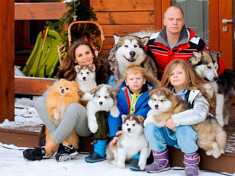 Как выбрать одежду для семейной фотосессии по всем правилам